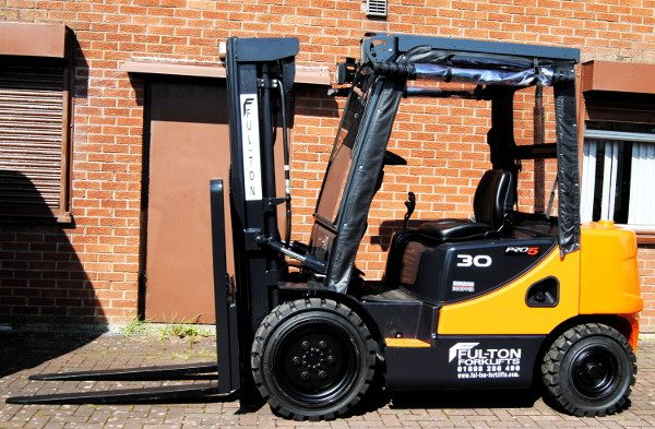 Used 3 ton diesel forklift for sale